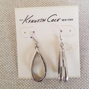 NWOT Kenneth Cole Tear Drop Earrings